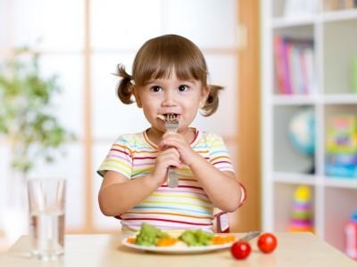alimentation végétarienne crèche